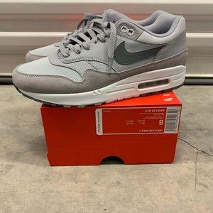 """Nike Air Max """"Pure Platinum Grey"""""""